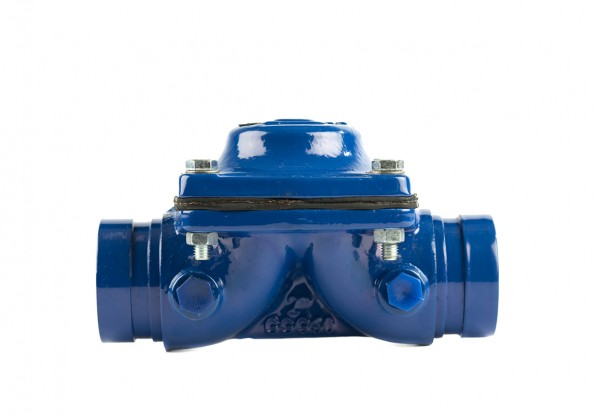 Cast iron line grooved valve